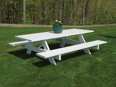 6-Ft.-Traditional-White-Picnic-Table-1625.jpg