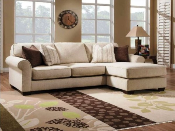Berkline Sofa Chaise-1353-MAFuV500.jpg